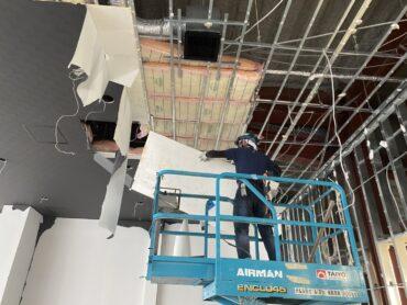 大阪府にて店舗改修工事に伴う内装解体工事
